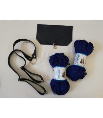 Σετ 2 Πολυπροπυλένια Μπλε Ρουά- Χερούλια πλάτης Ανάγλυφο Μπλε Σκούρο- Καπάκι Τσάντας 25x15εκ. Μπλε Σκούρο με Χρυσό Άγκιστρο