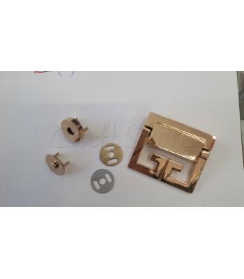 Μεταλλικό Διακοσμητικό Κούμπωμα Χρυσό 5x4.5cm